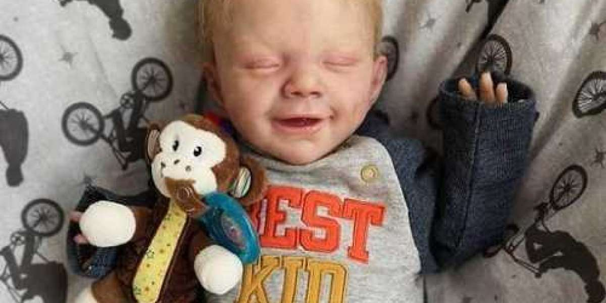 Freakishly Realistic Dolls Are Surrogate Babies For These Families